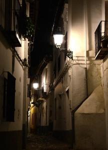 barrio-del-albaicin-de-noche